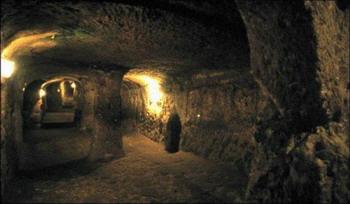 Тайна Деринкуя и Kaймак - подземные чудеса. Фото представлено Халук Oзоглу