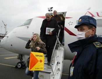 Эпидемия гриппа на Украине вызывает озабоченность и в соседних странах. Фото: KHUDOTEPLY/AFP/Getty Images