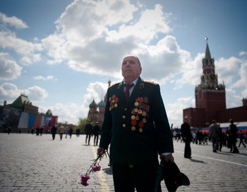 День Победы в Москве. Фото: DMITRY KOSTYUKOV/AFP/Getty Images