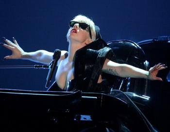 Леди Гага споёт песню на русском языке. Фото: Getty Images