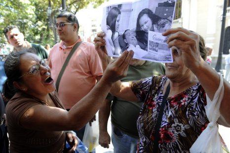 Венесуэла: опубликованы первые фотографии президента Чавеса после операции. Фото: JUAN BARRETO/AFP/Getty Images