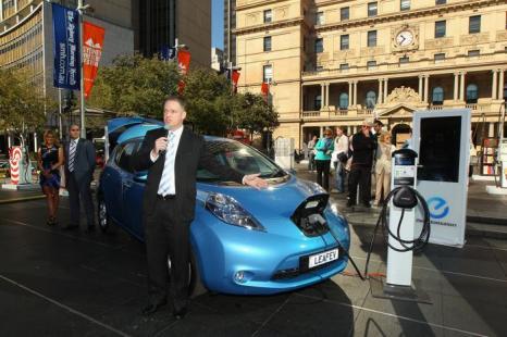 На выставке «Мир без бензина». Nissan Leaf - электрический автомобиль в Австралии. Фоторепортаж. Фото: Alberto E. Rodriguez/Getty Images for Sports Spectacular