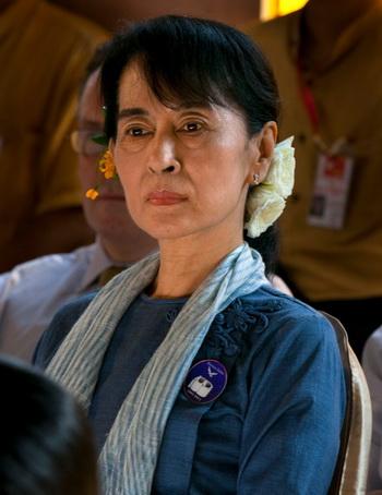 Демократический лидер Аун Сан Су Чжи, 10 декабря 2011 года, Рангун, Бирма. Фото: Paula Bronstein/Getty Images