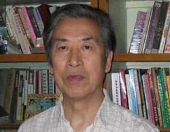 Поборник демократии и правозащитник Сань Вэнгуан считает, что официальные лица в Китае, участвующие в преследовании  Фалуньгун и демократического движения, должны быть привлечены к суду и понести соответствующее наказание. Фото: Великая Эпоха