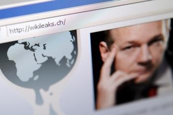 Сайт WikiLeaks обнародовал более 250 тыс. Секретных документов американских дипломатов. Фото: FABRICE COFFRINI/AFP/Getty Images