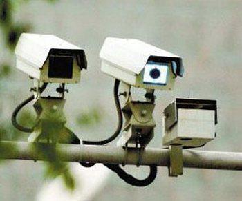 Около 100 тысяч камер видеоналюдения будет установлено в ВУЗах провинции Гуандун. Фото с epochtimes.com