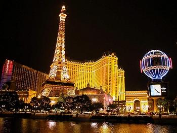 Каждый год китайские чиновники проигрывают в казино миллиарды долларов. Фото с epochtimes.com