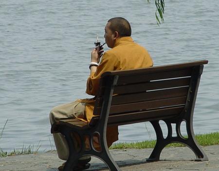 Современные китайские монахи. Фото с fs-home.com