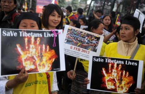 Акция протеста против подавления тибетцев  в Силигури.  Фото: Diptendu Datta / AFP / Getty Images
