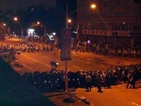 Протесты в посёлке Шаси провинции Гуандун. Июнь 2012 год. Фото с epochtimes.com