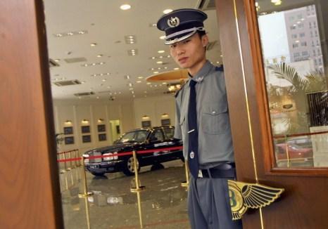 Китайские военные используют в качестве служебных машин Maserati и Bentley. Фото: Natalie Behring-Chisholm/Getty Images