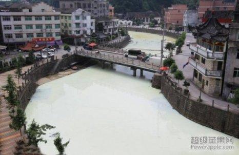 «Молочная река» в городе Вэньчжоу провинции Чжэцзян. Фото: kanzhongguo.com