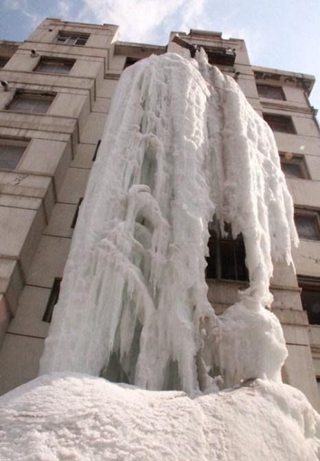«Замёрзший водопад». Город Цзилинь. Фото с epochtimes.com