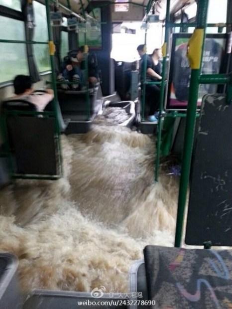 Шанхай, октябрь 2013 года. Шанхай пострадал от ливневых дождей. Фото: epochtimes.com