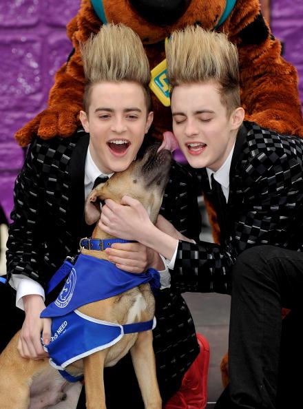 Алексей Воробъв на «Евровидении- 2011» имеет шансы на победу. Фаворитами выбраны   представители  Франции,  Ирландии и Эстонии. Фото: PATRIK STOLLARZ/AFP/Getty Images