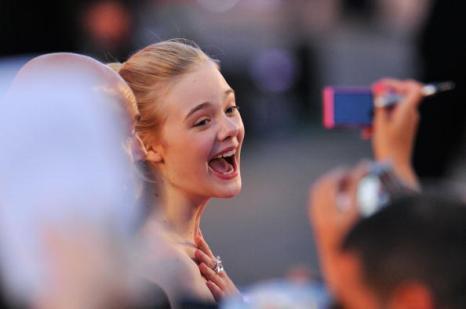 На 67-м Венецианском кинофестивале. Американская актриса Эль Фаннинг (Elle Fanning). Фоторепортаж. Фото: Gareth Cattermole/Andreas Rentz/ Pascal Le Segretain/Getty Images