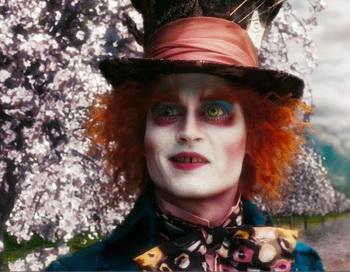 В роли Безумного Шляпника Джонни Депп. Фото с сайта kinodrive.com