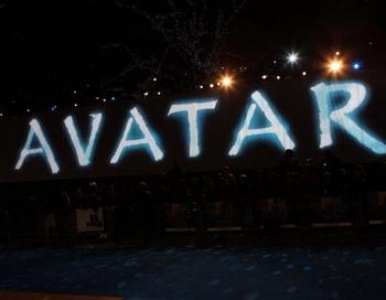 Реклама фильма «Аватар» на премьере в Лондоне, Англия. Фото Dave Hogan/Getty Images