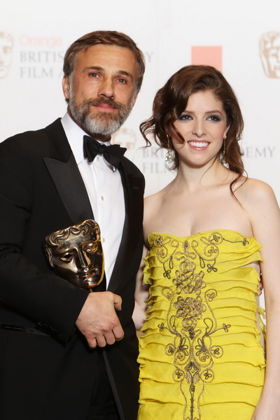 Церемония вручения наград Британской киноакадемии (BAFTA). Актриса Анна Кедрик и актер Кристоф Вальц. Фото: Dave Hogan/Getty Images