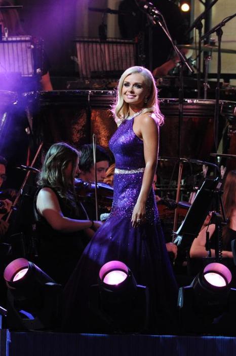 Кэтрин Джеркинс выступила на концерте в первый день Коронационного фестиваля в саду Букингемского дворца (Лондон) 11 июля 2013 года. Фото: Stuart C. Wilson/Getty Images