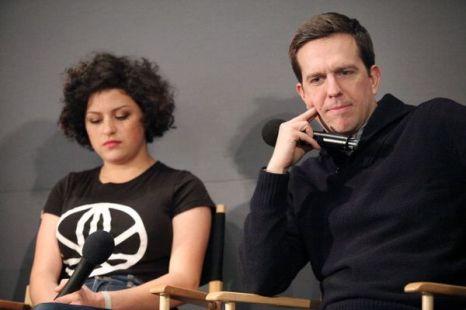 «Совсем не бабник». Актриса Алиа Шокат и актер Эд Хелмс на пресс-конференции фильма «Совсем не бабник» в Нью-Йорке. Фото: Astrid Stawiarz/Getty Images