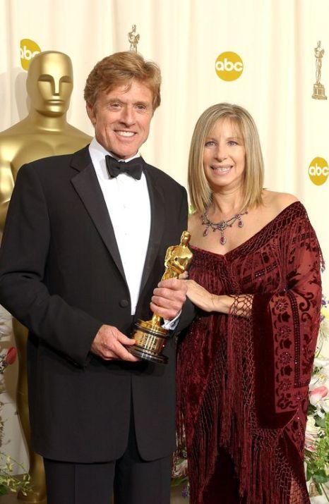 Барбра Стрейзанд и Роберт Редфорд на 74-й церемонии вручения призов «Оскар». 2002 год. Фото: Frank Micelotta/GettyImages