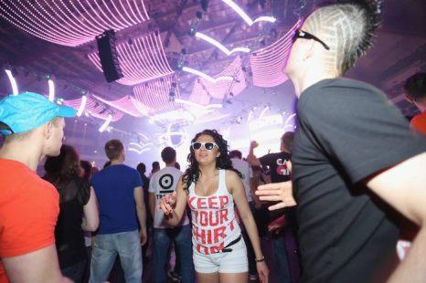 Фестиваль Mayday в Дортмунде посетили 23 000 техно-рейверов 27 апреля 2013 г. Фото: Juergen Schwarz/Getty Images