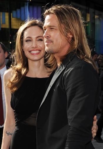 «Война миров Z». Анджелина Джоли и Брэд Питт на премьере фильма «Война миров Z» в Лондоне, Англия. Фото: Stuart C. Wilson/Getty Images for Paramount Pictures International