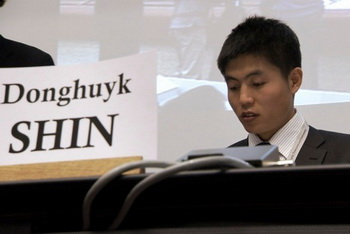 Шин Донг-хук в течение 23-х лет находился в исправительно-трудовом лагере как политический заключённый. Фото: Camp14-film.com
