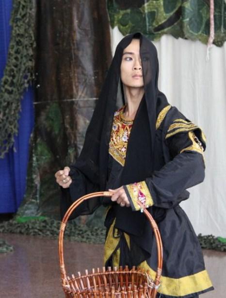 Зе-янг Лэм, исполнитель роли демона-короля Раваны, также сыграл волшебную обезьяну Ханумана, который помог спасти Ситу. Фото: Pam McLennan/ Epoch Times