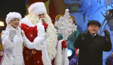 24 декабря 2007 год. Юрий Лужков: биография в фотографиях. Фото: DMITRY KOSTYUKOV/AFP/Getty Images