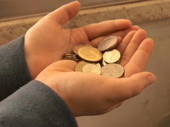 Дети и деньги. Фото:Хава ТОР/Великая Эпоха