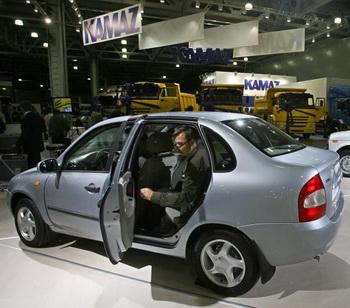 АвтоВАЗ запустит 10 новых моделей в течение пяти лет. Фото: Alexey SAZONOV/AFP/Getty Images