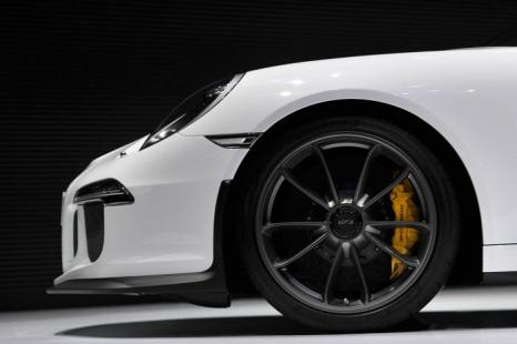 Детали Porsche 911 GT3. Фото: Harold Cunningham/Getty Images