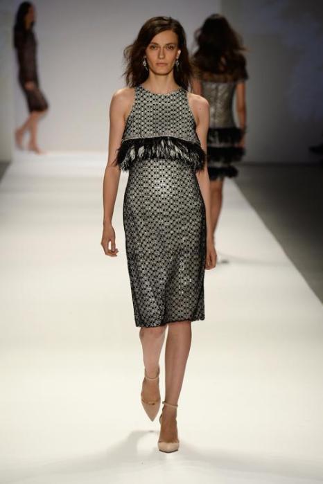 Знаменитый американский модельер, Тадаси Седзи, родом из Японии, одевающий голливудских звёзд, представил новую весеннюю коллекцию 2014 года на нью-йоркской Неделе моды 5 сентября 2013 года. Фото: Frazer Harrison/Getty Images for Mercedes-Benz Fashion Week