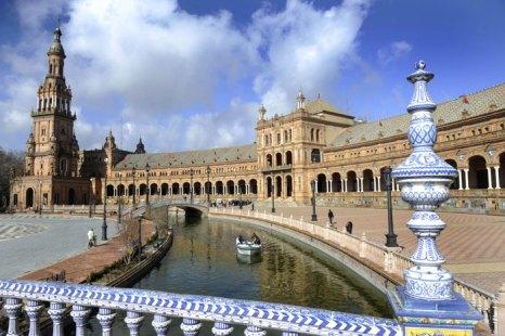 «Площадь Испании» в испанском городе Севилья. Фото: ODD Andersen/AFP/Getty Images