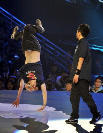 «Короли танцпола». Фото: JUNG YEON-JE/AFP/Getty Images