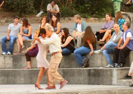 Танцы на берегах Сены. Фото: Ирина Рудская/Великая Эпоха (The Epoch Times)