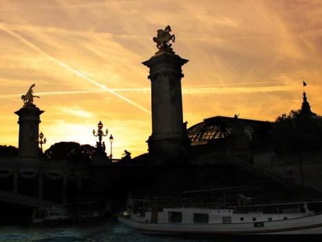 Париж на закате дня. Фото: Ирина Рудская/Великая Эпоха (The Epoch Times)