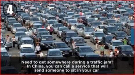 Заказать мототакси в час пик. Фото: Скриншот видео youmaker.com