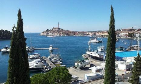 Ровинь — курортный город и порт в Хорватии на побережье Адриатического моря. Фото: Sunzi safari/commons.wikimedia.org