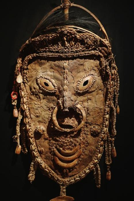 Выставка «Перспективы племён» открылась 2 октября 2013 года в Лондоне и продлится 3 дня. Фото: Dan Kitwood/Getty Images