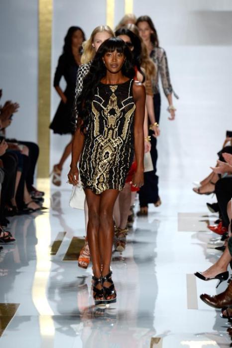 Наоми Кэмпбелл приняла участие в показе новой коллекции Diane Von Furstenberg весеннего сезона 2014 года на Неделе моды в Нью-Йорке 8 сентября 2013 года. Фото: Frazer Harrison/Getty Images for Mercedes-Benz Fashion Week Spring 2014
