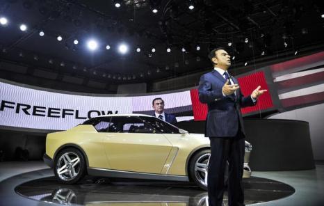 Компания Nissan представила Freeflow IDx в стиле классического Datsun на открывшемся 20 ноября 2013 года автосалоне в Токио. Фото: Keith Tsuji/Getty Images