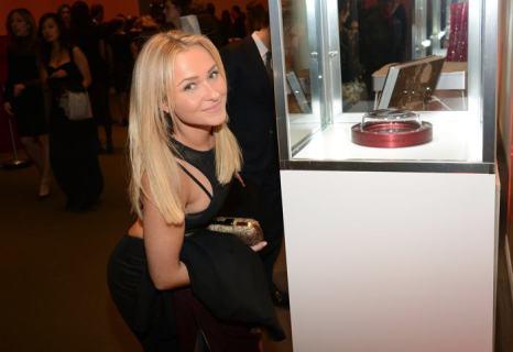 Хайден Панеттьери на аукционе вещей передового дизайна «Джони и Марк» в Нью-Йорке 23 ноября 2013 года. Фото: Theo Wargo/Getty Images for (RED)
