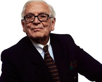 Пьер Карден, король моды,  продает свою империю. Фото с my-watch.com.ua