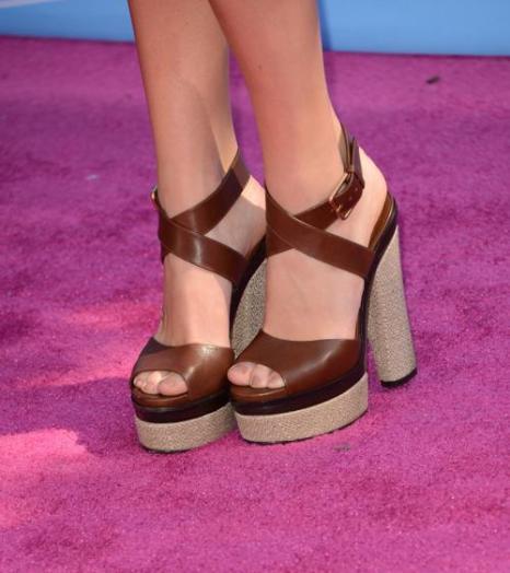 Аксессуары звёзд музыкального шоу Teen Choice Awards-2012. Фоторепортаж. Фото: Jason Merritt/Getty Images