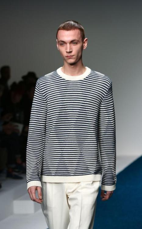 Коллекция мужской одежды весна-лето 2013 на показе моды в Лондоне. Фоторепортаж. Фото: Tim Whitby/Getty Images