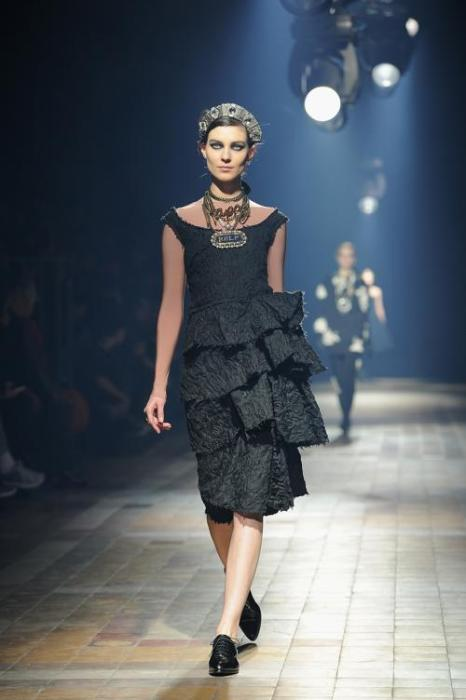 Коллекцию бренда Lanvin показали на Неделе моды в Париже.  Фото: Pascal Le Segretain/Getty Images