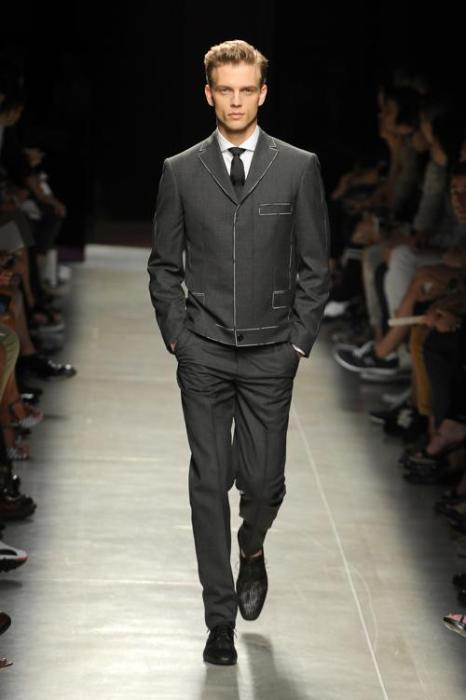 Показ мужской коллекции итальянского бренда Bottega Veneta  на Неделе мужской моды в Милане. Фото: Pier Marco Tacca/Getty Images